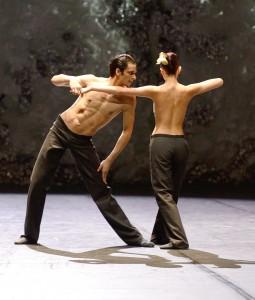 Lucid Dream Chor.: Marco Goecke Tänzer/dancers: Agnes Su, Constantine Allen c. Stuttgarter Ballett